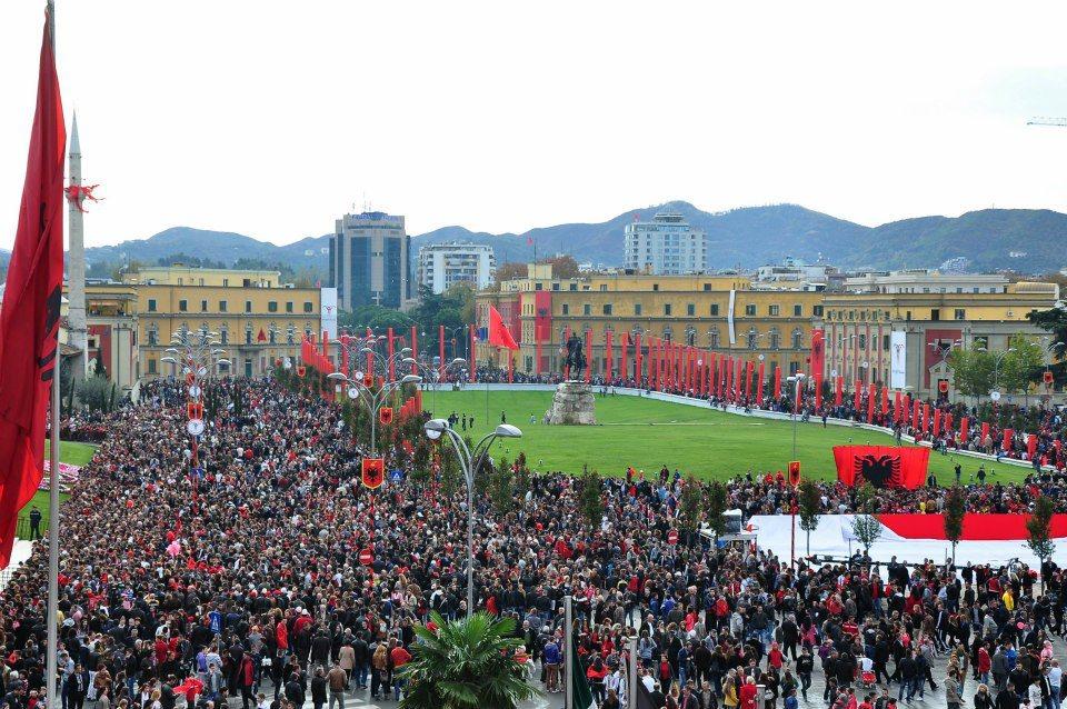 Albania , Tirana 100 anni indipendenza