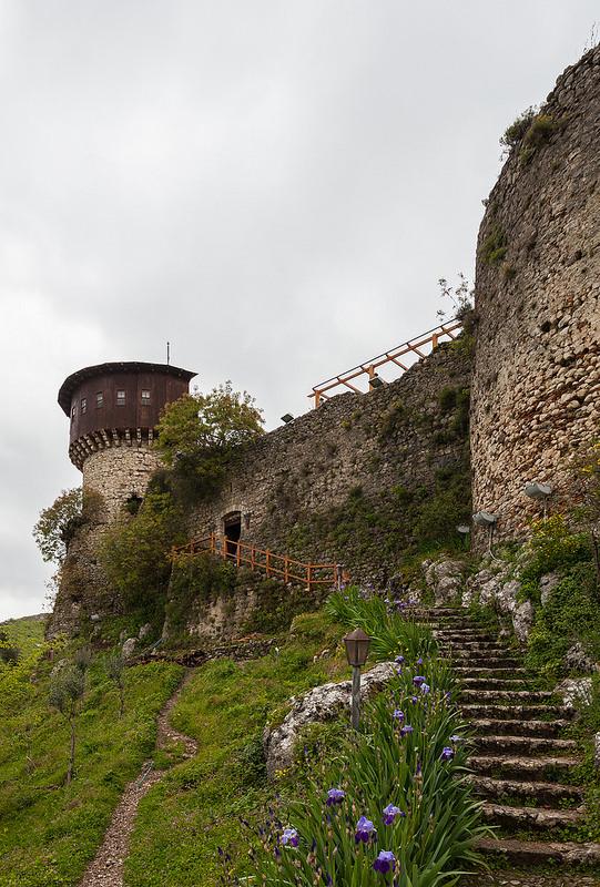Il castello di Petrela (Tirana)