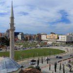 Godetevi il fascino della Piazza Skanderbeg a Tirana con 40000 mq(foto2017)