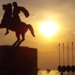 Adesso ci dicono che Alessandro Magno era un potente e pericoloso Albanese